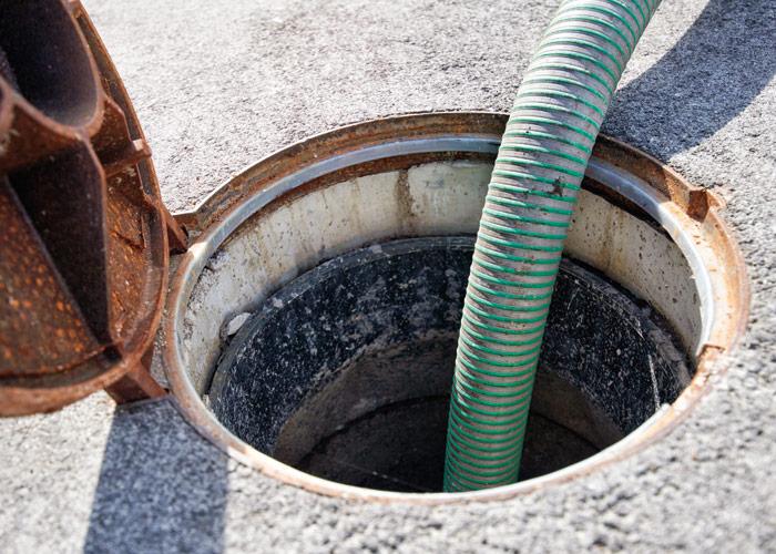 Desentupimento de canos e sanitas Tires
